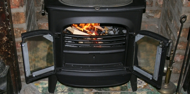 Wood stove photo by Pixabay