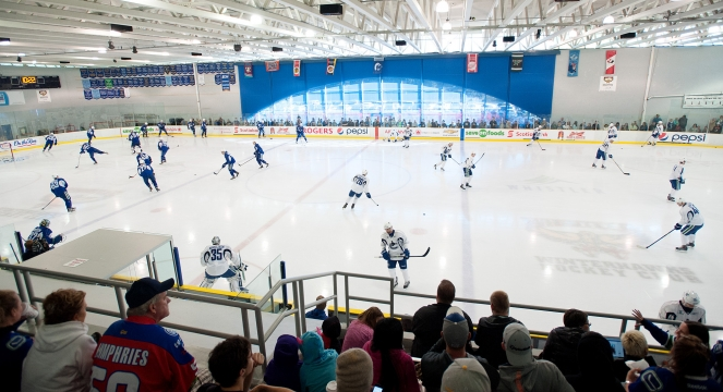 Canucks at Meadow Park Sports Centre. Photo Credit: David Buzzard