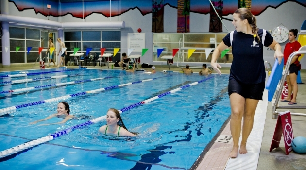 Photo swimming at Meadow Park Sports Centre